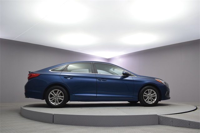 Pre Owned 2016 Hyundai Sonata Se 4d Sedan In Woodside 176470 Paragon Honda